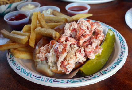 Farnham's Lobster Roll