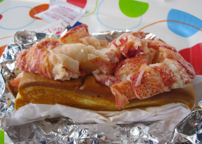 Red's Lobster Roll