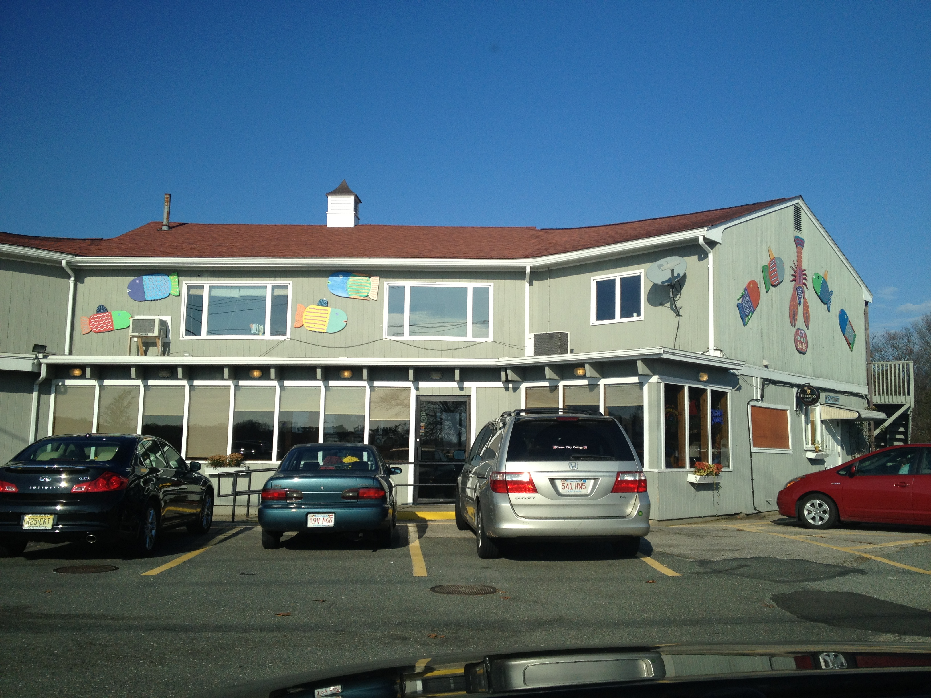 """Profile: """"LOBSTA LAND"""" in Gloucester, MA   Lobster Roll Chronicles"""